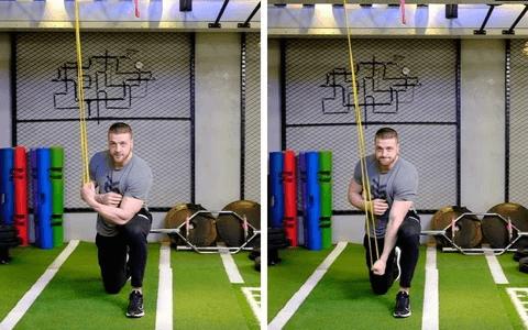 Extension triceps à genou